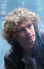 Matt's Hair by bornfortherainydays