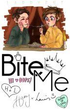 Bite Me; larry stylinson [ top!harry bottom!louis feminine!louis ] by larryent
