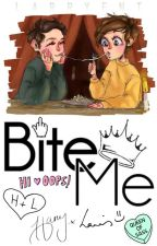 Bite Me; larry stylinson [ top!harry bottom!louis feminine!louis ] by larryent
