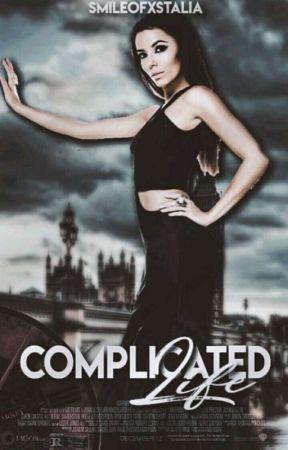Complicated Life.[INACHEVÉ] by Smileofxstalia