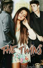 The Twins ×PAUZĂ× by ---DramaQueen----