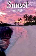 Sunset ❁Luke Hemmings❁ by mackkb