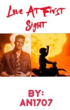 Love at first sight  (Brian Kelley imagine) by an1707