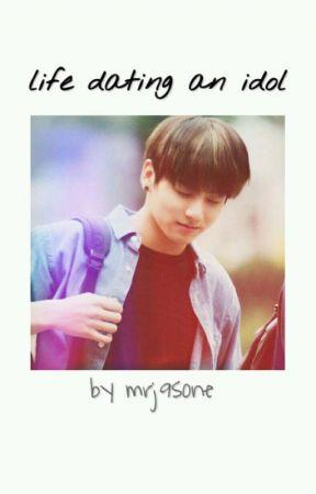 Life dating an Idol // JJK by mrj9sone