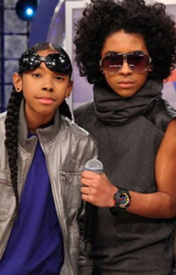 Crazy in Love! (A Mindless Behavior Love Story!)