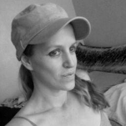 StephanieGray1