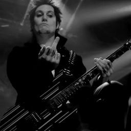 Synyster_Gates