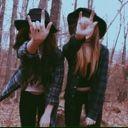 •Ana y Cris•