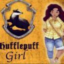 Chica Hufflepuff